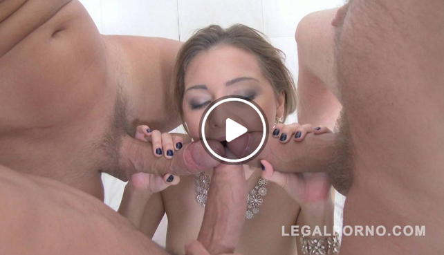 LegalPorno_Stunning_russian_slut_Olivia_Devine_spreads_her_ass_open_and_gets_DAPed.png