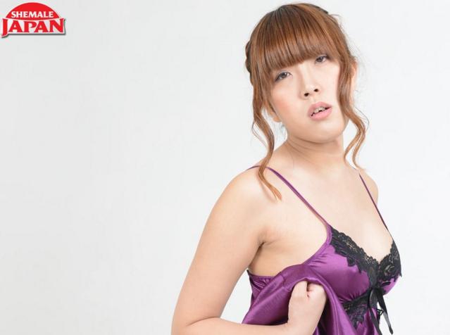 Shemale-Japan_Wrapped_Up_in_Ran,_Tokyo_angel_Ran_Mizumoto.png