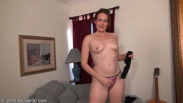 PornoVideosHub.com_AllOver30_Roxanne_Clemmens.00009.jpg