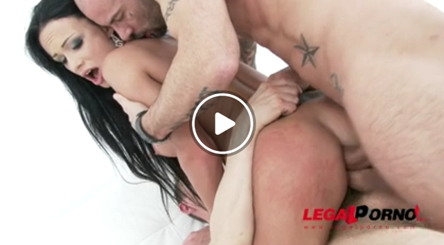 LegalPorno_-_Samantha,_Erik_Everhard,_Mike_Angelo_-_Hot_slut_Samantha_assfucked___double_anal_(DAP)_SZ1207.png