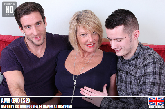 Mature.nl_-_Amy_(EU)_(52)_-_Mat-Tower24_-_Naughty_British_housewife_having_a_threesome.png