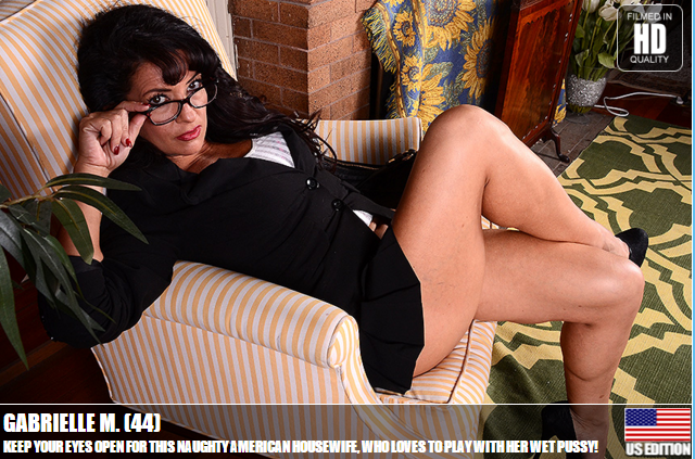 Mature.nl_-_Gabrielle_M._(44)_-_Keep_Your_Eyes_Open_For_This_Naughty_American_Housewife,_Who_loves_To_Play_With_Her_Wet_Pussy.png