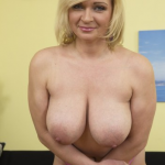 Mature.nl – Josefa (41) – Mat-Busty141 – Horny Mature Housewife Fooling Around