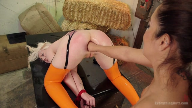 PornoVideosHub.com_-_EverythingButt_-_Francesca_Le_and_Lily_Lovecraft_-_Francesca_Accepts_Her__One_of_Us.00007.jpg