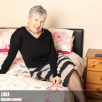 Mature.nl – Savana (EU) (56) – British older lady fooling around