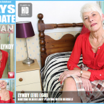 Mature.nl – Lyndy (EU) (60) – Mat-EU-Tower55 – British Older Lady Playing With Herself