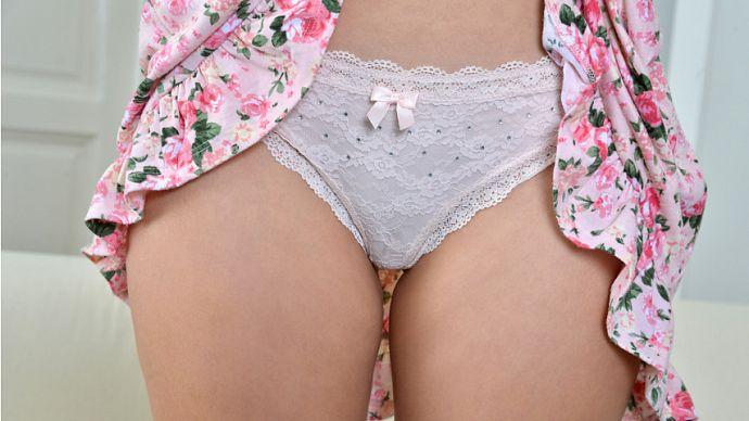Arteya_in_4v_sun-dress-cutie_b.jpg