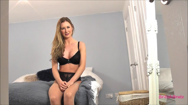 Femdom_-_Princess_Sammi_-_Milf_Humiliating_The_Panty_Sniffer.mp4.00000.jpg