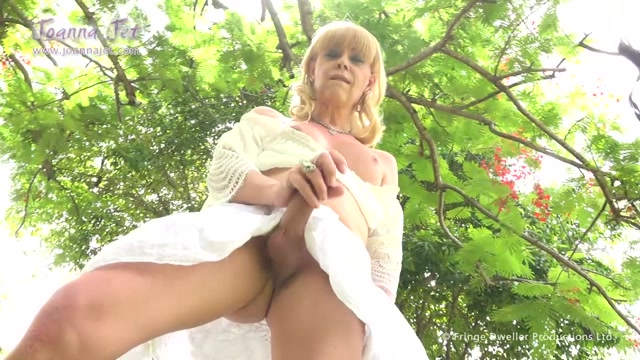 JoannaJet_-_Me_and_You_208_-_Woodland_Whites_-_29.07.2016.mp4.00007.jpg