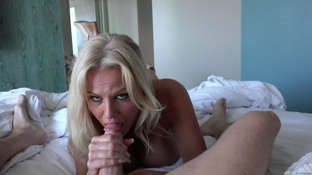 KellyMadison_-_Summer_Cumming_-_29.07.2016.mp4.00006.jpg