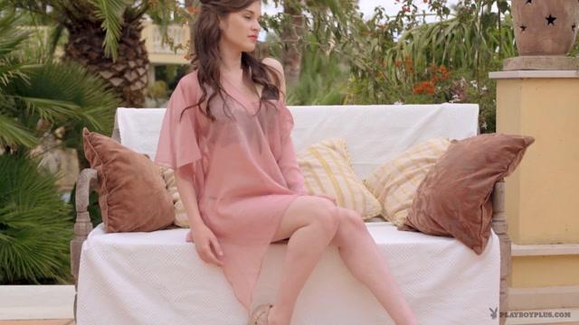 PlayboyPlus_-_Serena_Wood_in_Pink_Serenity_-_28.07.2016.mp4.00003.jpg
