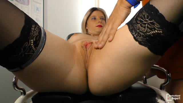 Porndoepremium_-_DeutschlandReport_-_Amateur_German_porn_with_40__blonde_slut_Swetlana_N._-_28.07.2016.mp4.00005.jpg