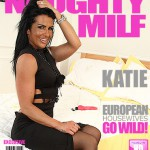 Mature.nl – Katie K  (EU) (33) – Horny MILF fingering herself