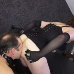 House of Sinn – Mistress Evilyne – Kaviar Queen taunts Her toilet slave