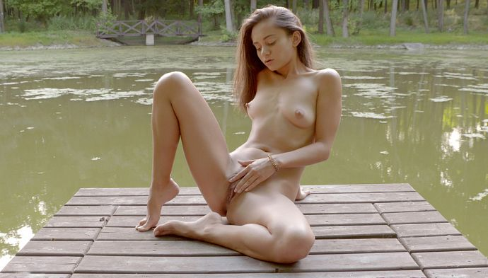 1_18OnlyGirls_-_Shrima_Malati_-_On_The_River_-_30.08.2016.jpg