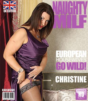 1_Mature.nl_-_Christine_O.__EU___47__-_Mat-EU-Tower72_-_British_Milf_playing_with_herself.jpg