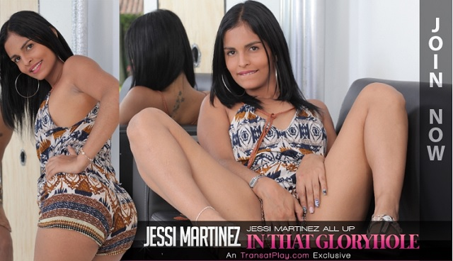 1_Trans500_-_Jessi_Martinez_all_up_in_that_Gloryhole_-_16.08.2016.jpg