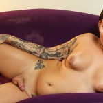 Shemale.xxx – Nadia Love Is Hot In Gold! – 29.08.2016
