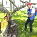 RealityKings – MonsterCurves – Kelsi Monroe in Poke Em Xxx Parody – 20.08.2016