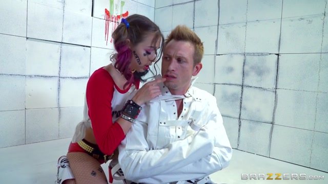 Brazzers_-_BrazzersExxtra_-_Riley_Reid_-_Harley_In_The_Nuthouse_-_XXX_Parody_-_1.08.2016.mp4.00001.jpg