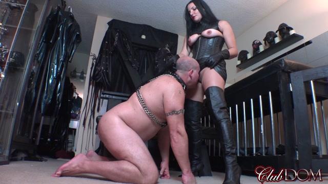 Clubdom_-_Michelle_Pleasure_Slave_1_Oral_Slave.mp4.00007.jpg