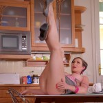 DDFNetwork – 1By-Day – Yasmin Scott – Thick And Juicy – Curvy Ass'd Milf Gets Down In The Kitchen – 12.08.2016 (MP4, FullHD, 1920×1080)