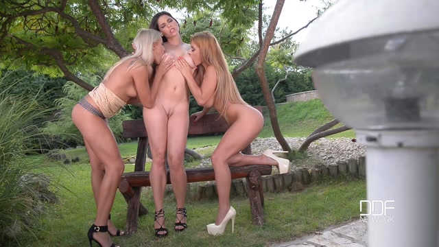 DDFnetwork_-_EuroGirlsOnGirls_-_Cherry_Kiss_and_Dorothy_Black_and_Zafira_-_Lesbians_Lustful_Thrusts_-_Threesome_Has_Outdoor_Affair_-_28.08.2016.mp4.00007.jpg