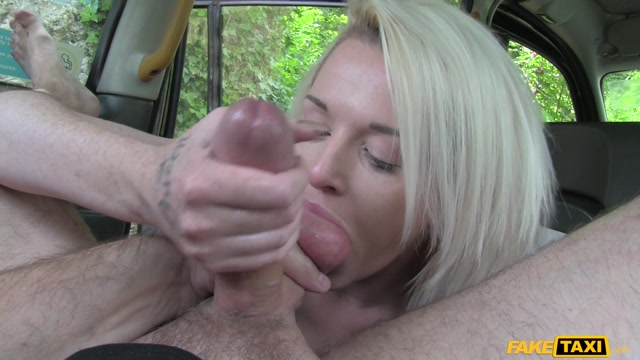Faketaxi_-_Rochelle_-_Scottish_Lass_Rides_Big_Cock_-_14.08.2016.mp4.00008.jpg