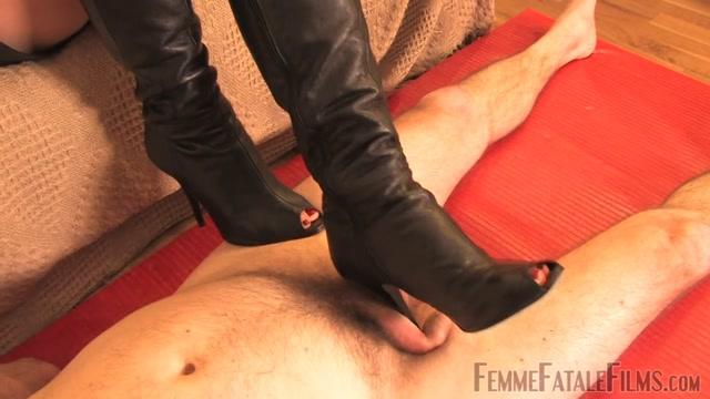 FemmeFataleFilms_-_Mistress_Heelena_-_Slave_Humiliation.mp4.00010.jpg