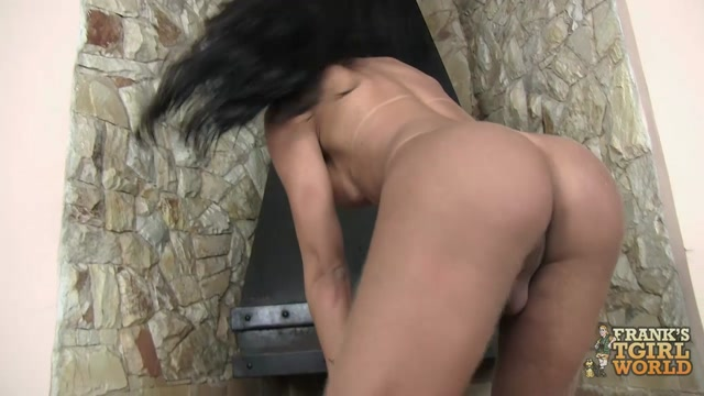 Franks-tgirlworld_-_Natalia_Avellar_is_a_stunningly_beautiful_Brazilian_tgirl.mp4.00012.jpg