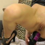 Fisting – HotKinkyJo – Wine bottle in ass – 07.08.2016 (MP4, FullHD, 1920×1080)