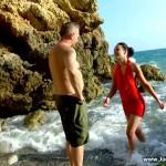 JacquieEtMichelTV – Indecentes-Voisines – Megane – Les jeux de plage de Megane – 15.08.2016