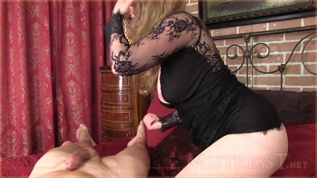 Mistress_T_-_Hotwife_Home_From_BBC_Fuck.mp4.00011.jpg