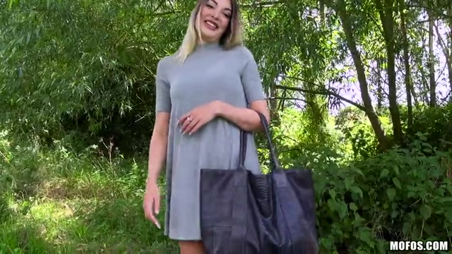 Mofos_-_PublicPickUps_presents_Tamara_Grace_in_Busty_Brit_Makes_Amateur_Sex_Tape_-_25.08.2016.mp4.00003.jpg