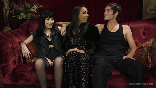 TSSeduction_-_Tony_Orlando__Charlotte_Sartre__Honey_FoXXX_-_Corrupts_Young_Innocent_Couple_-_02.08.2016.mp4.00000.jpg