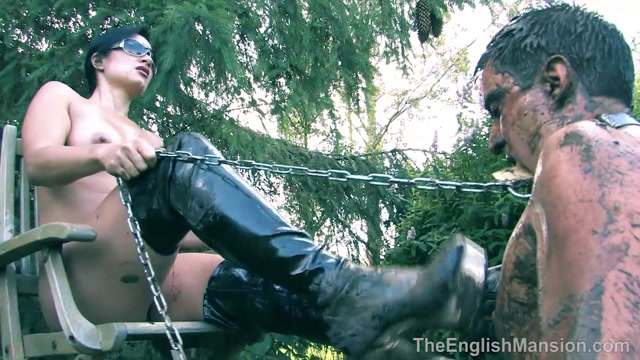 TheEnglishMansion_-_Miss_Jasmine_-_Mud_Pit_Pegging.mp4.00012.jpg