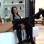 The Mean Girls – Princess Bella, nPrincess Beverly – Laughing At The Shoe Licker