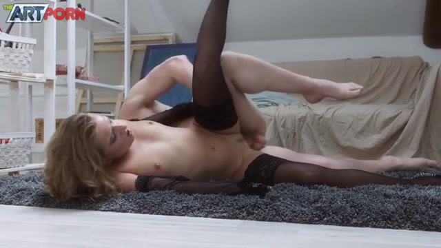 WTFPass_-_TheArtPorn_-_Sofi_Goldfinger_in_Baby_Wants_Some_More_-_20.08.2016.mp4.00007.jpg