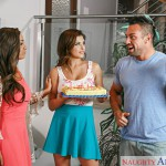 Naughtyamerica – MySistersHotFriend – Leah Gotti & Johnny Castle in My Sisters Hot Friend – 20.08.2016
