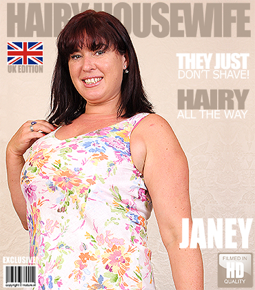 1_Mature.nl_-_Janey__EU___37__-_British_Hairy_Housewife_Fingering_Herself_-_01.09.2016.jpg
