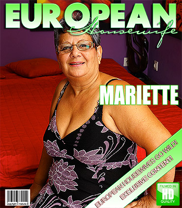 1_Mature.nl_presents_Mariette__54__-_Big_Beautiful_Older_Lady_Fooling_Around_-_12.09.2016.jpg
