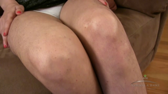 ATKHairy_presents_Mitena_Masturbation_-_27.09.2016.mp4.00000.jpg
