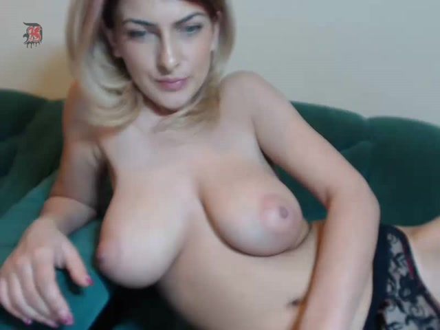 Alessia_-_JOI_Big_Tits_Webcam_Model_2.mp4.00001.jpg