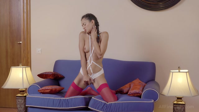 Watch Online Porn – AllFineGirls presents Shrima Malati in Self-Treatment – 22.09.2016 (MP4, FullHD, 1920×1080)