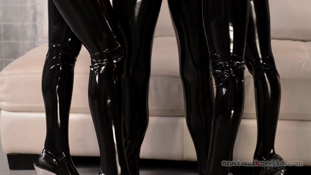 Watch Online Porn – Anatomikmedia presents Kleio Valentien, Latex, Megan Rain in Sextra Terrestrials From Planet Ass (MP4, HD, 1280×720)