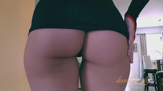 AuntJudys_-_Olivia_Wilder_Masturbation_-_06.09.2016.mp4.00000.jpg