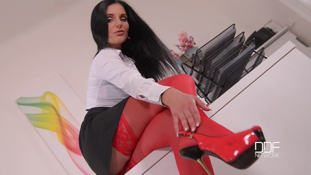 DDFnetwork_-_HotLegsAndFeet_-_Kinky_Secretary_-_Hot_Babe_In_Red_Stockings_Masturbates_On_Desk_-_05.09.2016.mp4.00001.jpg