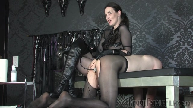 FemmeFataleFilms_-_Lady_Victoria_Valente_-_Anal_Inflation.mp4.00015.jpg