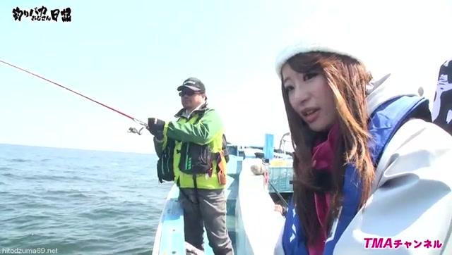 Fishing_Stupid_Uncle_Diary_-_Madonna_Hatsumi_Saki-chan_And_Kiss_Fishing_Challenge_____AVOP-206___Tma___AV_OPEN_2016___cen_.mp4.00004.jpg