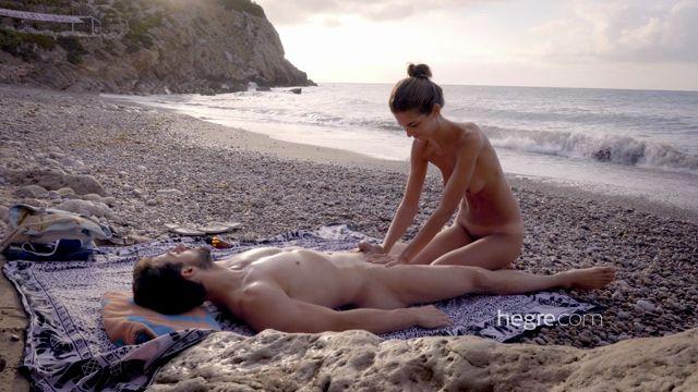 Watch Online Porn – Hegre-Art presents Charlotta in Tantric Beach Massage – 27.09.2016 (MP4, FullHD, 1920×1080)